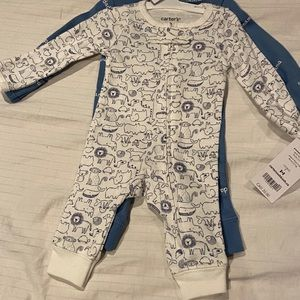 Preemie Carter's pack and play outfit. 2 in a pack